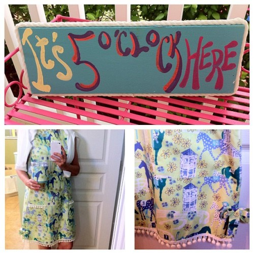 Pre gaming Happy Hour #lillypulitzer #lowriders #derbyweekend #derbyfever #happyhour #itsfiveoclockhere