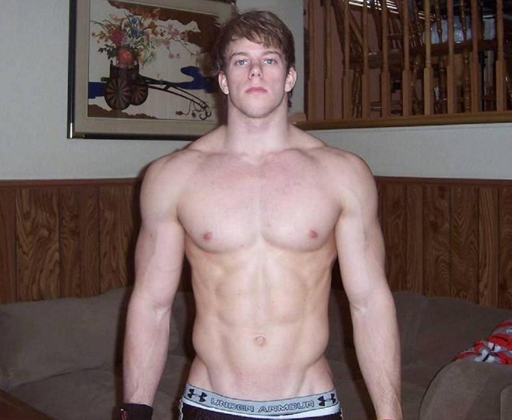 bigdudecollection:  muscules