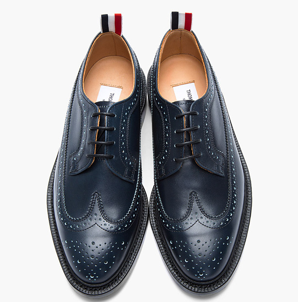 nickelsonwooster:  Navy.  cc:  @thombrowneny oneuvakind:  THOM BROWN NAVY LEATHER LONGWING BROGUES