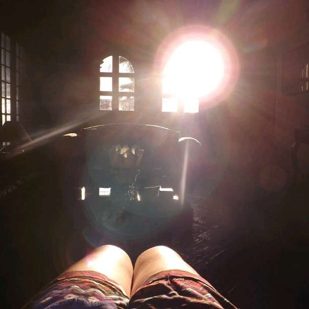 Here comes the sun #sun #me #legs #tribal #livingroom #windows #shine #bright #welcome #camera #fuji #short #cool #amazing #home #girl