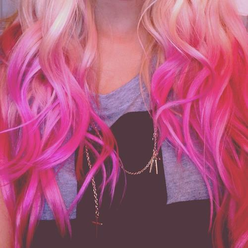 pastel-goth-princess:  oliwia123456789:  Facebook na We Heart It http://weheartit.com/entry/61755483  ❤