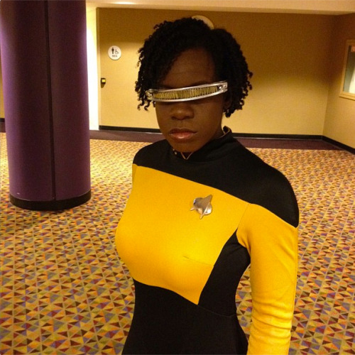 cosplayingwhileblack:  X Character: Fem! Geordi Laforge Series: Star Trek   I am SO here for this.
