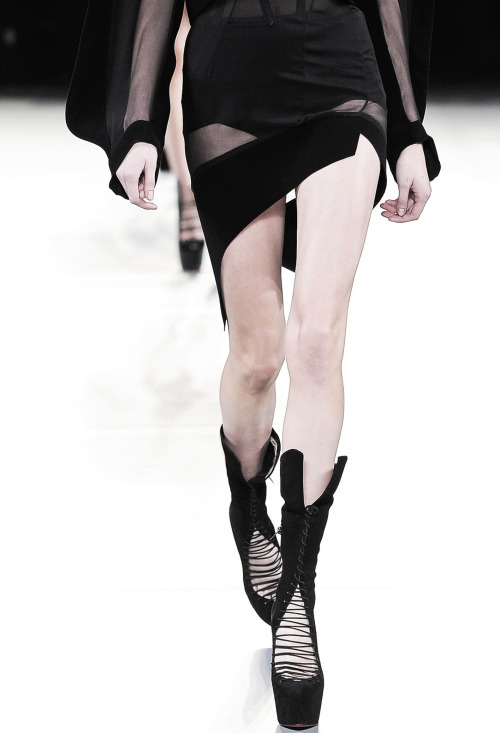 edge-to-edge:  Mugler Fall 2012 RTW.