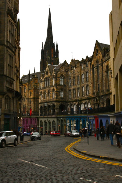 csebastian:  Edinburgh, Scotland // thetenderplace:mac-snaps