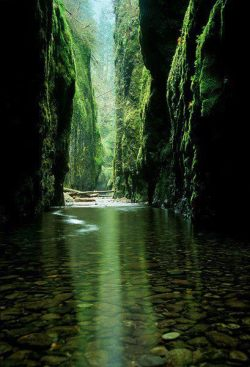 Emerald Gorges, Oregon