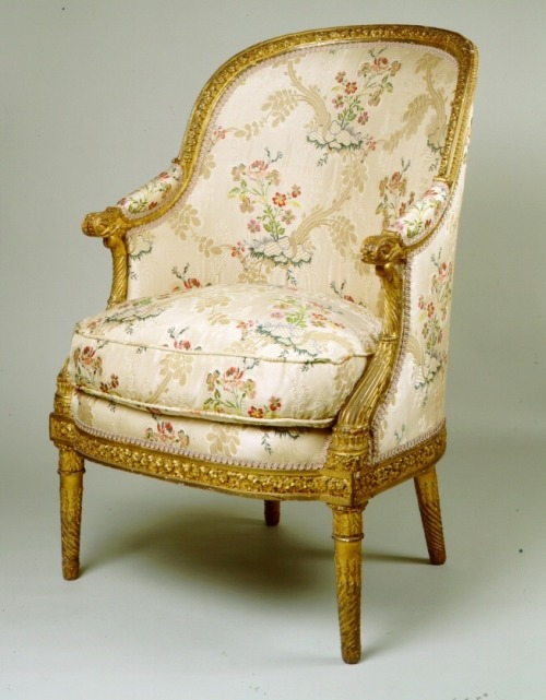 Nicolas-Quinibert Foliot, bergere made for Marie Antoinette's cabinet at Versailles, 1779, Museum of the City of New York