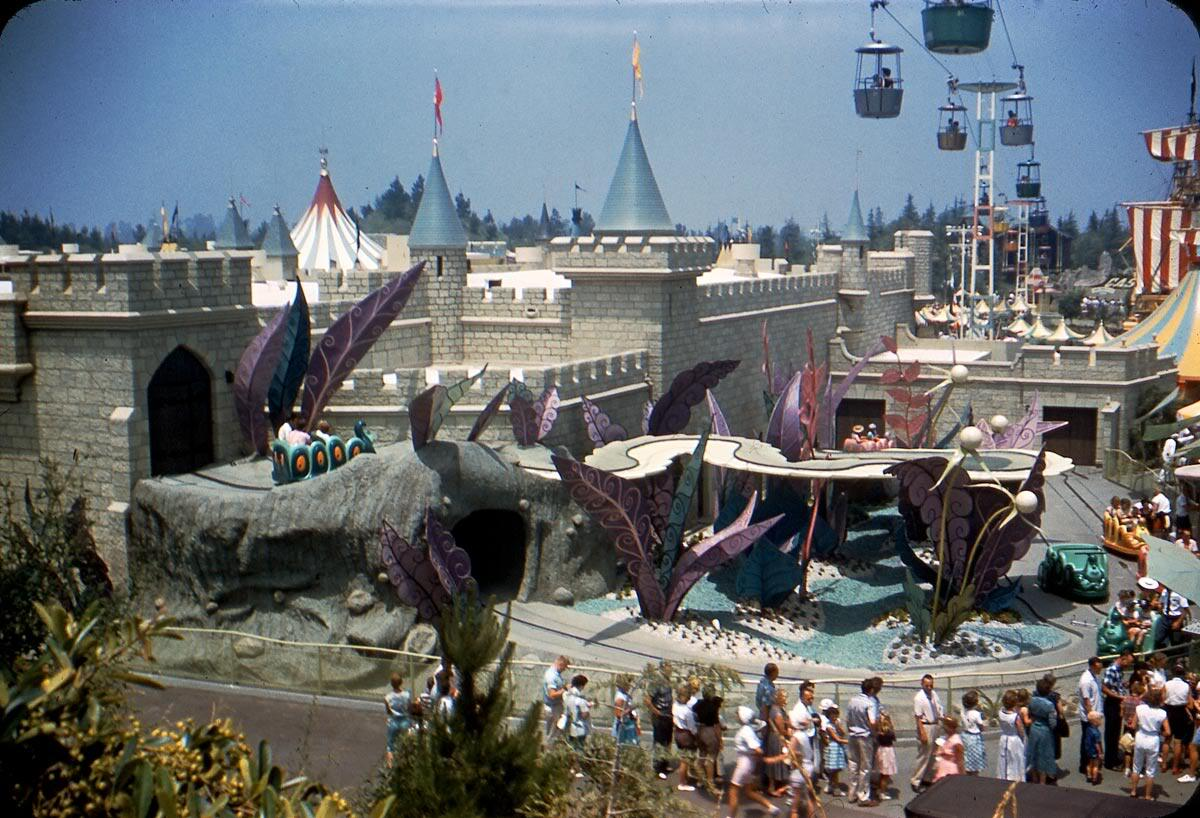 seizethefuturewithxs:  Alice In Wonderland attraction, pre-Matterhorn (July 1958) Photo provided by Major Pepperidge of Gorillas Don't Blog