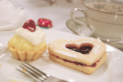 cinnahearts:  Bless Ewe High Tea May 09 052 (by Kelli Wong Photography)