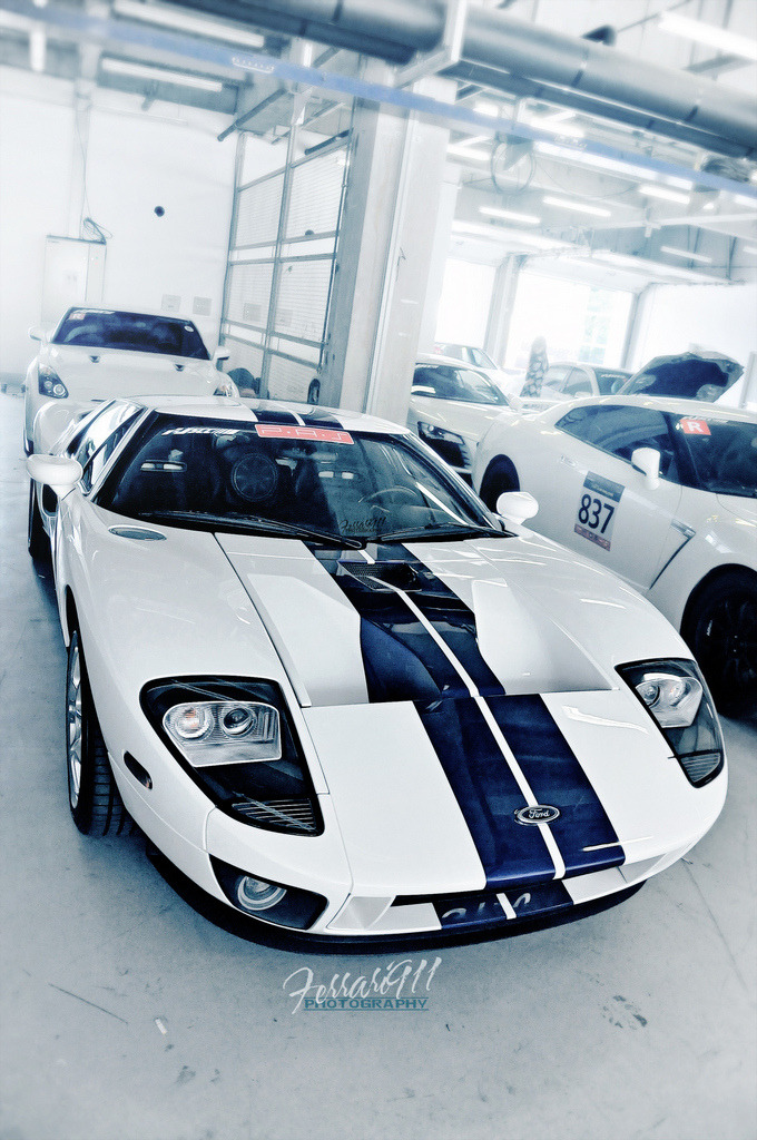 automotivated:  Ford GT (by 李鱼 Ferrari911)  #ford #GT