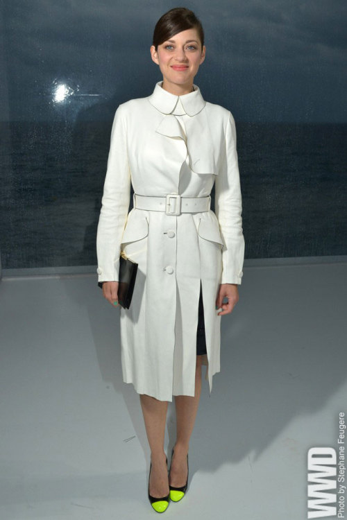 womensweardaily:  Marion Cotillard Front Row at Dior Resort