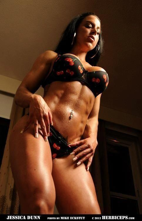 sexyfitnessgirls:  Jessica Dunn #sexy #strong #fit #gym #abs via @zviki100