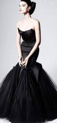 womenfashionstyle:  Zac Posen - Pre Fall