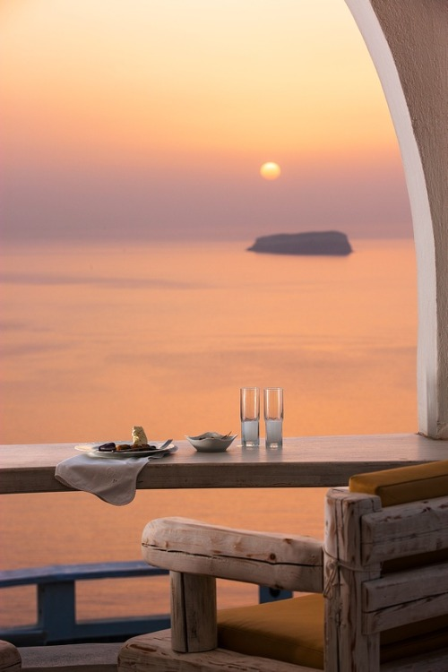 gramspiration:  Beautiful Megalochori Sunset, Santorini Greece
