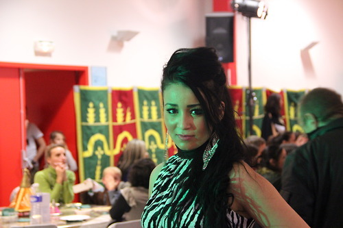 Algerian beauty, in morrocan dress by Naima Aoujil, & girl by me, @ festival des nuits d'orien.