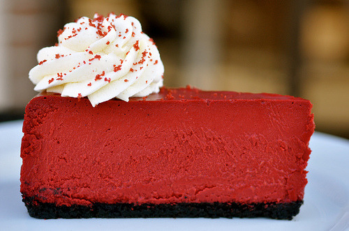 prettygirlfood:  Red Velvet Cheesecake