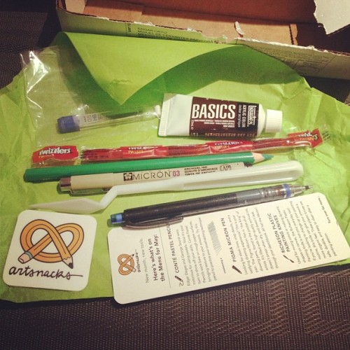 eatsleepdraw:  (via Photo by citizen_mush • Instagram) ArtSnacks is like a magazine subscription but instead of a magazine you get 4 or 5 different art products to try out.  Aaaaaart!