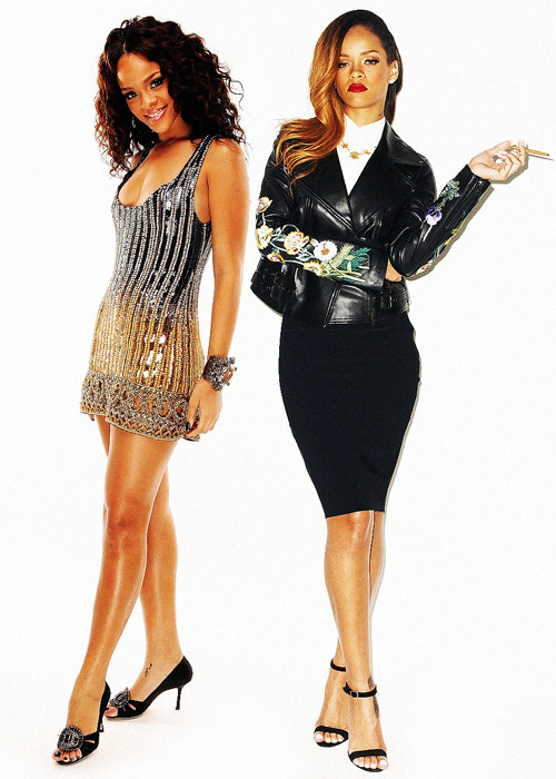 darentertainment:   Rihanna | 2006 & 2013  wow jesus