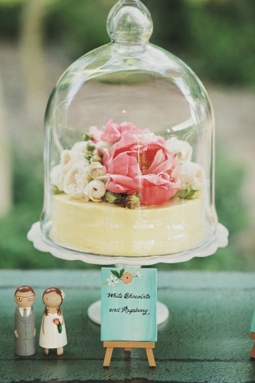 accessorizetoshine:  Wedding cakes in apothecary jars