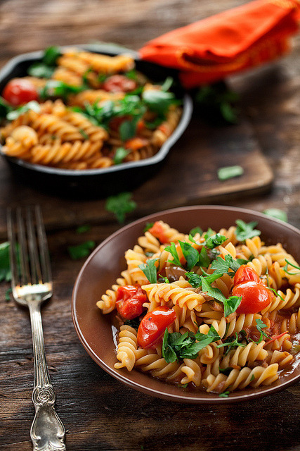 Pasta alla Puttanesca by mikeyarmish on Flickr.
