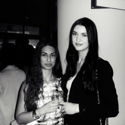 @caescu & me ❤ #happyholly #event #friends #champagne #blackandwhite #photography #fashion #shopping #brunettes #longhair #sweden #swedish #girls #girl #woman #friendship #fashionita #fashionable #fashionblogger #blogger #igfashion #instafashion #beautiful #hot #stylish #trendy #outfits #clothes #clothing #loveit  (på/i Scandic Borås‎)