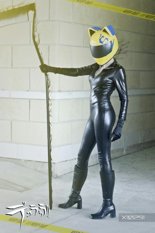 raiinyraiinbows:  Woop woop pics from con-g are here~  Me as Celty Photog and edit by X110291