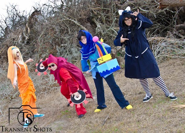 transientshots:  Homestuck Photoshoot on 2.23.13 Dave Strider Cosplayer: LadyKana John Egbert Cosplayer: Maeanalda Rose Lalonde Cosplayer: Raven-Nights Jade Harley Cosplayer: The-Hyoomans Photo by: Transient Shots on FB and Transient Dreamer on Da
