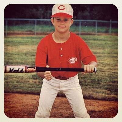 sfgiants:  Can you guess which #SFGiants player this is? #throwbackthursday  Who has their kid square up a bunt for their Little League photo?