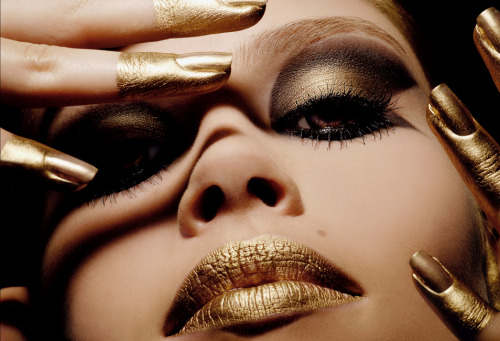 make-up-is-an-art:  by Daniella Hehmann