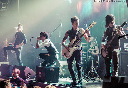 fallenstarsandbabyscars:  Crown The Empire | Flickr: Intercambio de fotos on We Heart It. http://weheartit.com/entry/50542779