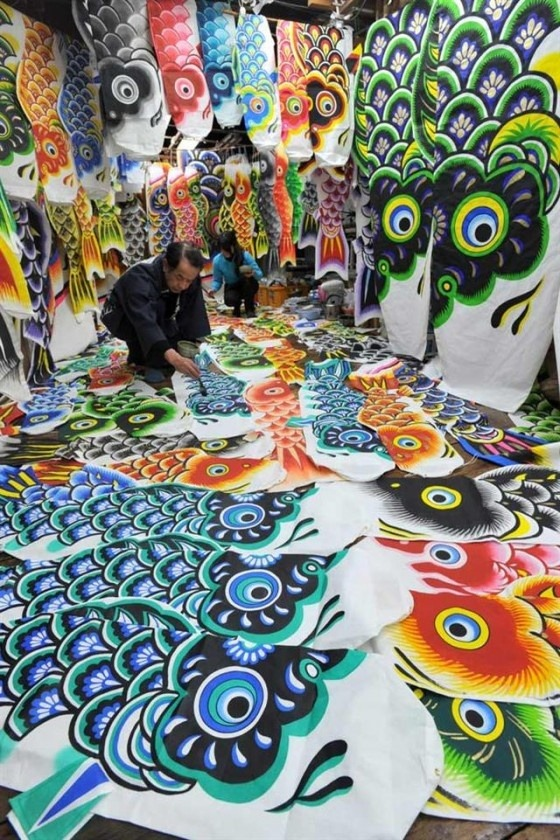 "eastasianstudiestumbl:  A Japanese craftsman is making carp streamers called ""Koinobori (こいのぼり)"", in preparation for Tango no Sekku (端午の節句) aka Children's Day aka May 5thiest aka today so… HAPPY KIDS DAY MAN!!!~~~~"