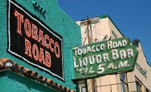 eatsflorida:   Since 1912, so this makes Tobacco Road likely Miami's oldest bar. The area has been undergoing renovations, but the joint is open, and the burgers and fries are still hot, along with the music, mostly blues and jazz, seven nights a week. Photo via