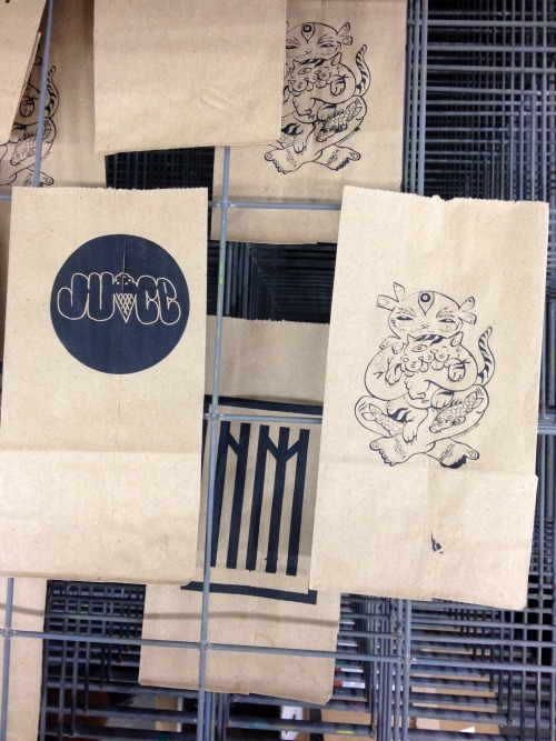 Hand screen printed paper bags featuring designs by NM members - part of some sweet raffle prizes for the MANS RUIN event tomorrow - all proceeds benefit On the Boards. Free craft cocktails by some serious bartenders. 8-12pm 23122nd ave TUESDAY SEPTEMBER 16 one night only…