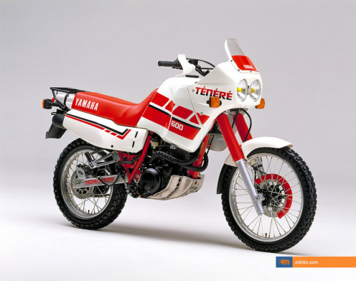 Yamaha XT600E on Flickr.Via Flickr: The Yamaha XT600E was the last of a long line of 4-valve air-cooled Yamaha singles, starting off with the original, much-loved XT500 of the mid-70s.hirebuysell.co.nz
