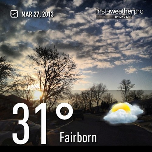 GOOD MORNING! (#new #comicbook day)#weather #instaweather #instaweatherpro  #sky #outdoors #nature  #instagood #photooftheday #instamood #picoftheday #instadaily #photo #instacool #instapic @instaplaceapp #earth #fairborn #spring #morning #skypainters #cold