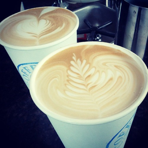 Double happiness - es. Get it here @ the neighborhood daily coffee and tea co.  #Latte #Latteart #Coffee #espresso #Seattle  (at The Daily Coffee)