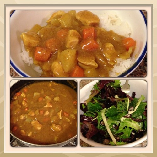 Homemade chicken curry w/ mixed greens #nofilter #curry #food #missioncomplete
