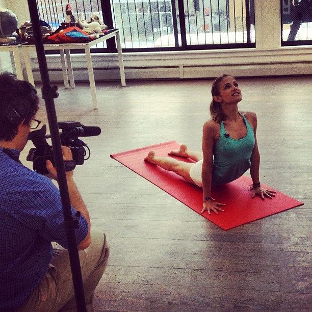 Shooting #yoga videos w/ @shape_magazine in my @tarastiles @reebok top!! Fun!!!