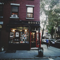 "hitrecord:  ""BOOKS"" Photo by Marie Bee"