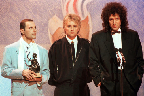 http://fuckyeahmercury.tumblr.com/post/50573869591/brit-awards-1990