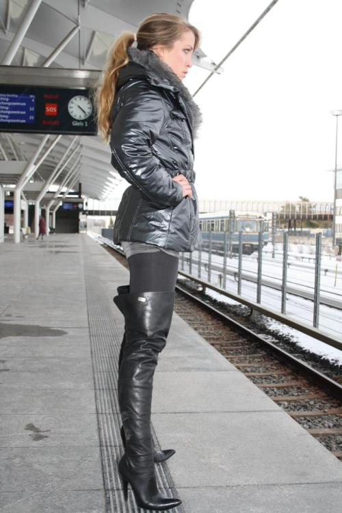 russian girl thigh boots