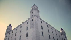 Bratislava Castle in Bratislava Slovakia The name of the town contains the name of a Great Moravian duke who ruled from the present Bratislava castle - Slovak scientist P. J. Šafárik was the first to note that the seemingly German name (Presburg) concealed a Slovak first name – Brecislav. Monumental castle known from the beginning of 10th century, built on former Slavonian fortification from 9th century from Great Moravian Empire above Danube river. Latest reconstruction is from 1956-1968. One of the city signatures. Location: N 48.142276, E 17.100043 Architecture styles seen in castle: romanesque, gothic, renaissance, baroque The castle stands on a hill where the earliest occupation dates back to the Neolithic period (5th millennium BC). The Castle was first time mentioned in Salzburg annals in 907 AD (The newly found Salzburg Chronicles contain the oldest name, recorded in 907 in the following wording: Bellum pessimum fuit ad Brezalauspurc (Unsuccessful battle took place at Brezalauspurc) ). Current appearance was built in 15th century AD (1427). The palace wing was built between 1431-34. Next reconstruction happened between 1552 - 1639 lead by Italian architects. The castle became coronation headquarters during the Tartar incursions from the east. The last big reconstruction was based on works of french, italian and austrian architects - J. N. Jadot, L. N. Pacassi and J. B. Martinelli in 1750-1760. In 1811 the castle was ruined by big fire and for 140 years remained damaged. The reconstruction started in 1953 restored its original appearance. VIA