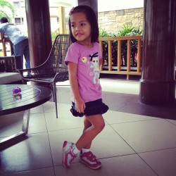 #kidstyle Una attended a birthday party wearing this. (at Bali Oasis Clubhouse)
