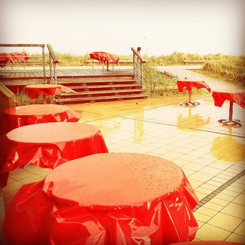 #red #tables #rain #rainy #youreyesaremine #instagram