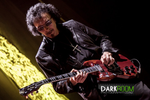 mcwatterslittlemusicden:  The God. Iommi Black Sabbath 20th April,Auckland