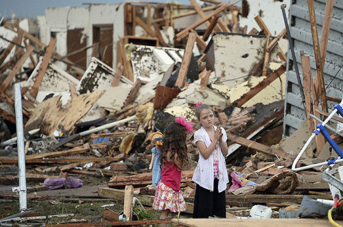 aljazeera:  US President Barack Obama has declared a major disaster in Oklahoma after a 3km-wide tornado packing winds of up to 320kph tore through the state capital killing at least 51 people, including 20 children, and injuring at least 230. The Oklahoma medical examiner's office said it was expecting the death toll to rise to 91 people.  My prayers are with Ok. It's hard to see the news and pictures. My heart goes out to the whole city.