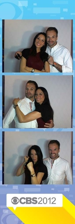 elementarystan:  JLM & Lucy Liu at the 2012 TCA Photo Booth