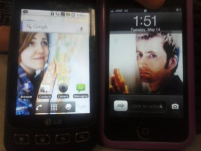 cableknitwit:  My friend and I's phone wallpapers match up. David Tennant and Hannah Hart longing for each other.