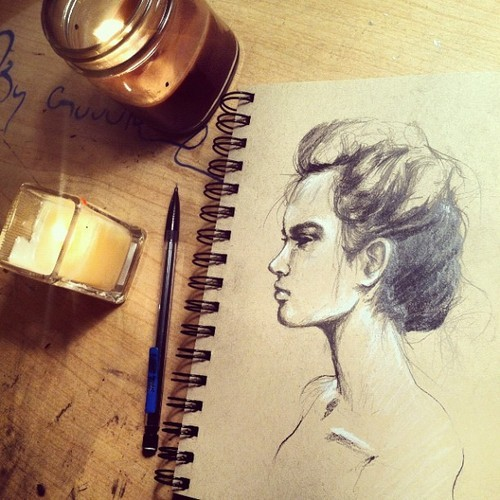 dessiedoesart:  Clean sheets and towels. Sunday night sketches.
