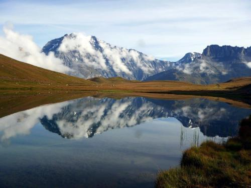 There's time to reflect in France's Parc National de la Vanoise.Photo: Jean-Luc Minguy