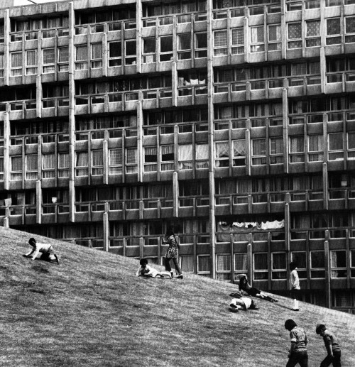 fuckyeahbrutalism:  Robin Hood Gardens, Poplar, London, 1967-72 (Alison + Peter Smithson)  My 30,000th Post!